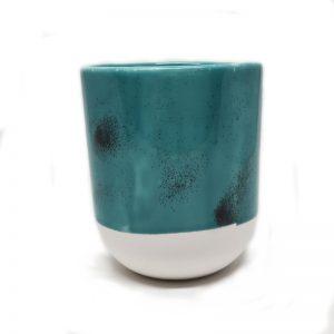 Taza color turquesa