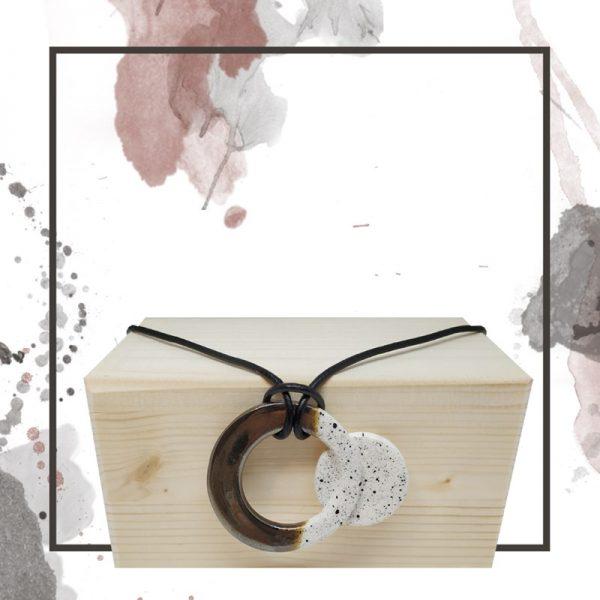 Collar artesanal color plata - Otoño Invierno