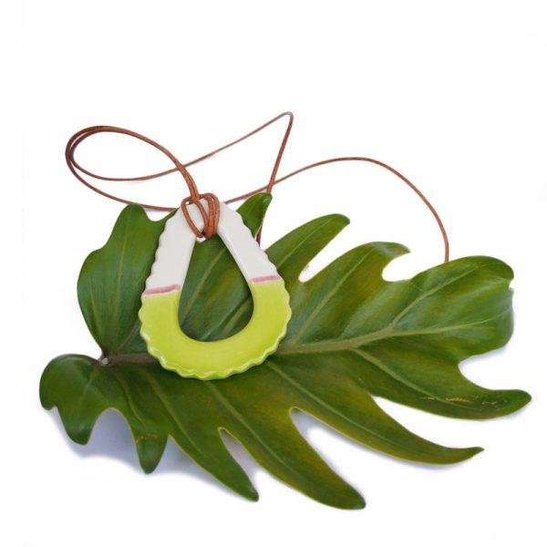 Collar largo verde